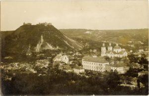 Кременец. Здания Волынской семинарии и Николаевского собора