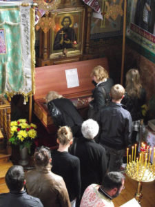 Рака (гробница) с мощами св. Максима в Свято-Троицком храме г.Горлица